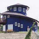 螺旋状3F建て住宅